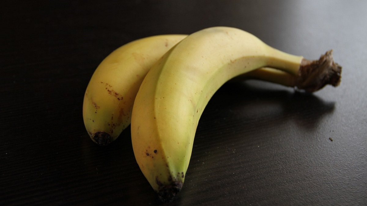 Banana Information In hindi